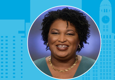 Stacey Abrams Headlines Invest In Brooklyn Dinner and Puts Spotlight on 2020 Census and Grassroots Leaders